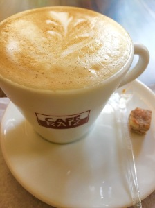 Latte Cafe Raiz