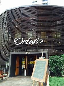 Octavio cafe 2